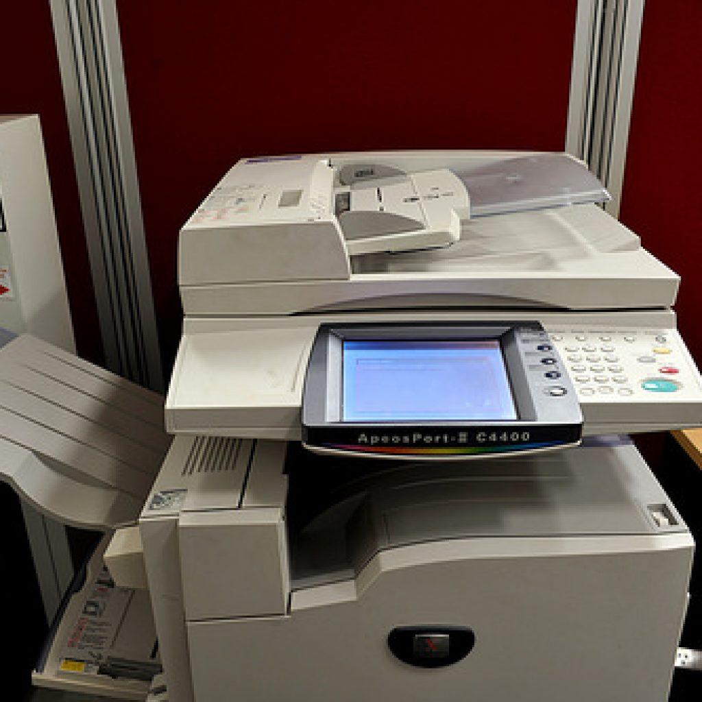 Standard size photocopier